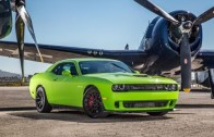 2015 CHALLENGER SRT8 392 takes on 2013 bolt on 5.0(street race)