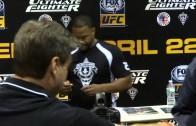 """DUB Show 2015 (NYIAS 2015) UFC Fighter """"Suga"""" Rashad Evans"""