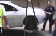 Grua de lleva auto con hombre arriba (bsas)