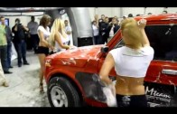 Myjnia Show HD Sexy Car Wash 3 dB Drag Girls @ MTM Moto Show Warszawa 2009 HD