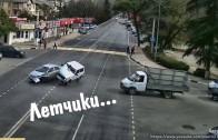 Поспешишь в чужую машину влетишь | Street racers crash