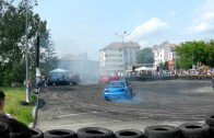 Two Nissan Skyline R33 Demo Drifting 2