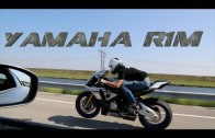 Yamaha R1M drag races R35 GTR on the street!