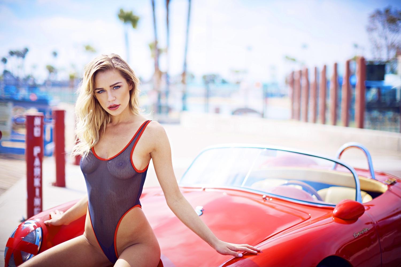 Alyssa Arce | Porsche 550 Spyder