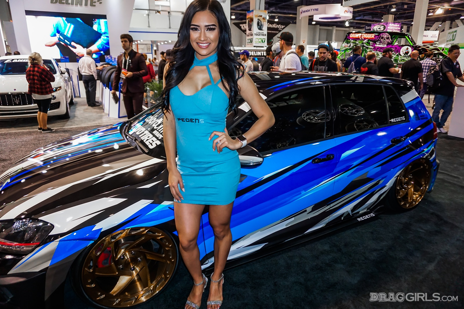 The Girls of SEMA 2017 Gallery | Girls n Cars